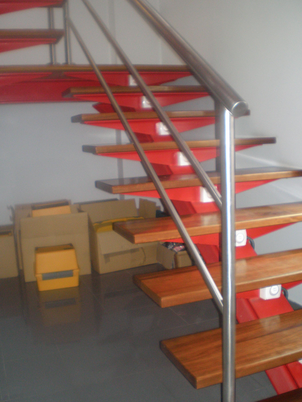 Escaleras met licas en guadalajara hidrometal for Imagenes de escaleras metalicas