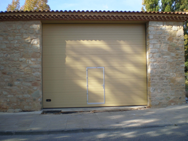 puerta-seccional-metalica-guadalajara