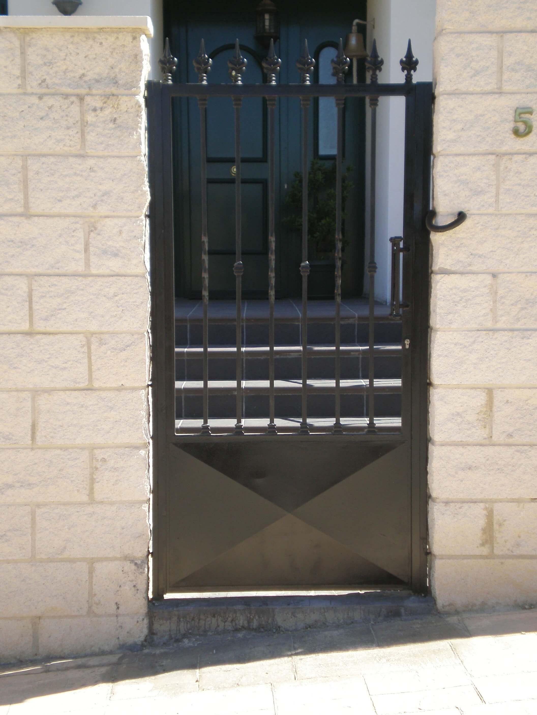 puertas-de-cancela-abatibles-y-correderas-en-guadalajara
