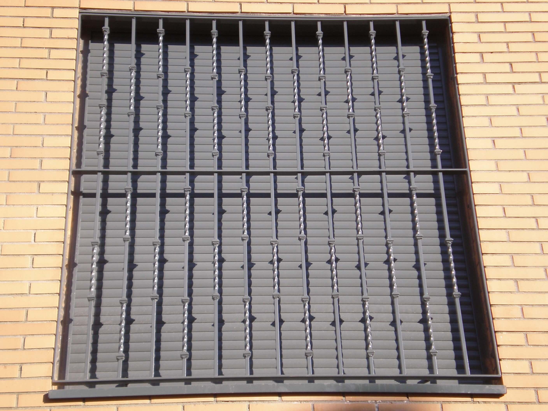 rejas-metalicas-para-ventanas-en-guadalajara